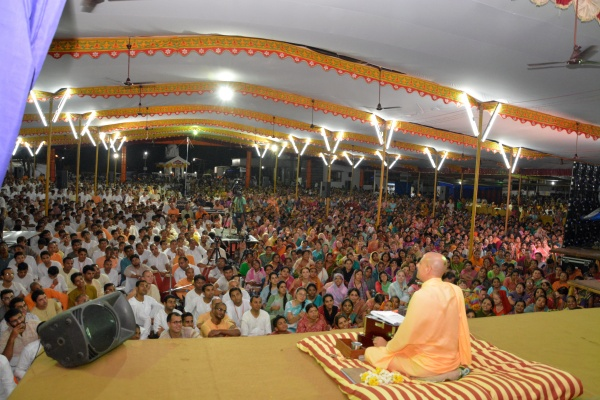 Radhanath Swami on the Pastimes of Srila Madhvacharya, 2014 Yatra, Udupi, Day 8 , Evening