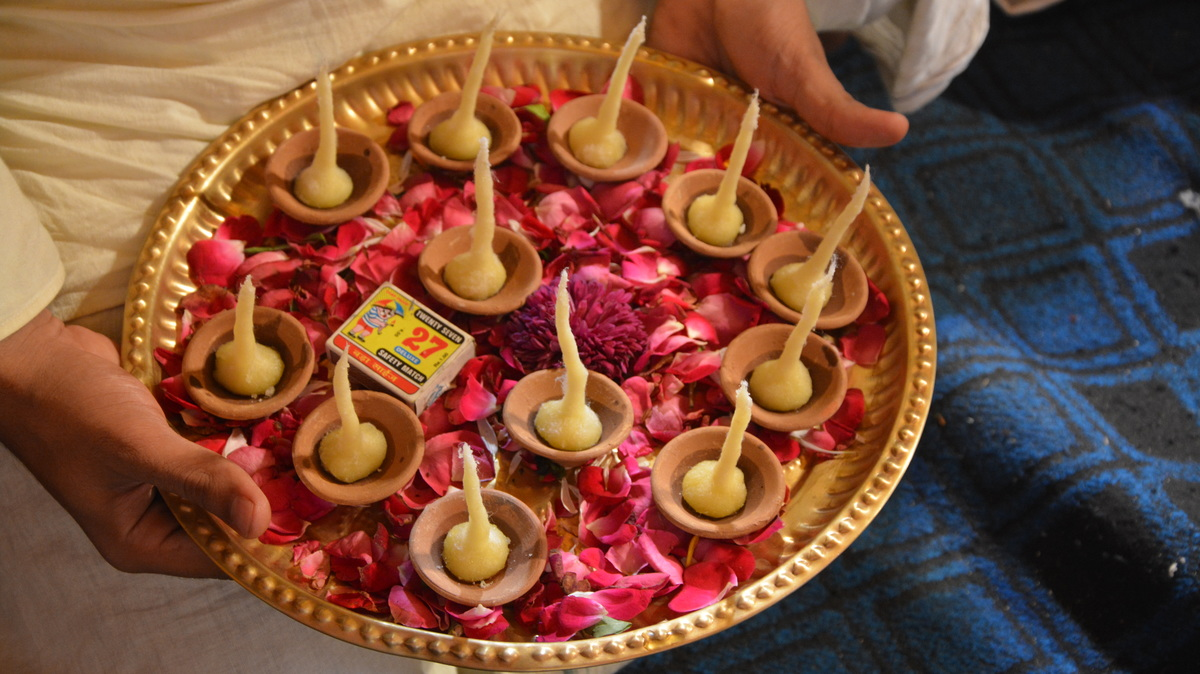 Lamps for offering to Lord Damodar